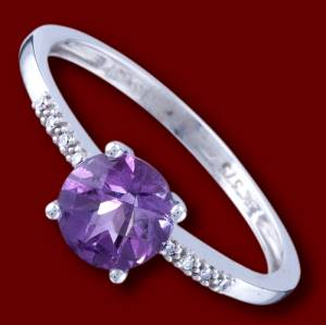 Gold ring, diamonds, amethyst, engagement