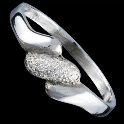Silver ring, waves